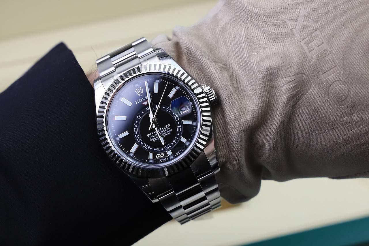 שעון חדש ומיוחד